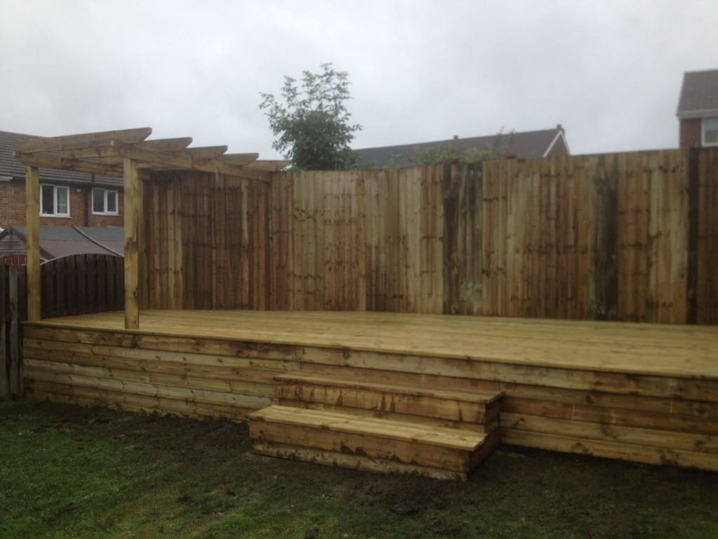Birstall Tree Services Decking, fence and pergola
